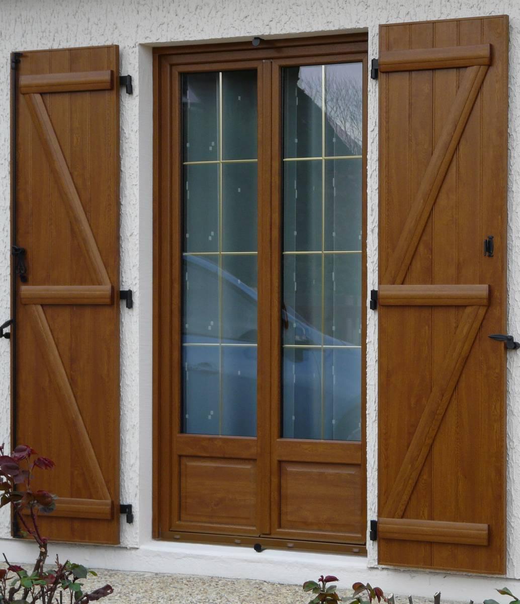 Pourquoi choisir une Fenêtre PVC avec l'apparence du Bois - Entreprise de menuiserie alu et pvc ...